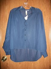 NWT LOLA'S COLLECTION NAVY THIN BUTTON FRONT SHIRT SIZE MEDIUM Retails $32.00
