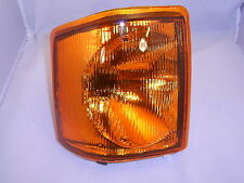 LAND ROVER DISCOVERY 1 RIGHT HAND FRONT AMBER INDICATOR LAMP AMR6512