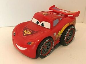 Disney Pixar Shake n Go Cars 2 Lightning McQueen 2010 Mattel Tested Working