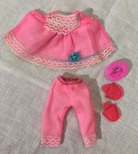 VINTAGE MATTEL 1965 TUTTI Doll PINK PAJAMAS PJ OUTFIT #3616 With SLIPPERS