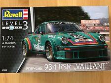 +++ Revell Porsche 934 RSR Vaillant 1:24 07032