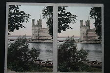 Carnarvon Castle  Wales 1930's Camerascope Coloured Stereoscopic Photocard  VGC