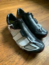 Shimano R-321 Road shoes 42EU White/Black Carbon sole no cleats Used