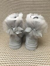 UGG MINI BAILEY BOW TULLE GREY VIOLET WATER-RESISTANT SUEDE BOOTS SIZE 9 WOMENS