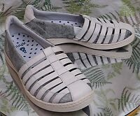 AHNU OFF WHITE LEATHER LOAFERS SLIP ONS SNEAKERS SANDALS SHOES WOMENS SZ 7