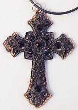 collier pendentif grande croix rétro finement travaillé cérusé noir strass 676