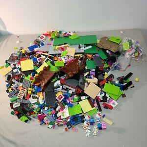 Mega Blocks Hello Kitty House, MineCraft and Halo set pieces