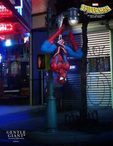 Gentle Giant Marvel Collector's Gallery Spider-Man Statue - Avengers, Venom