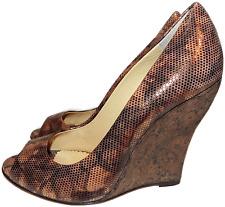 $745 Oscar De La Renta Peep Toe Wedge Metalic Pump Shoe 38.5 / 8 New