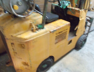 Running Forklift That Need Work And Is Very Ugly But Built Well