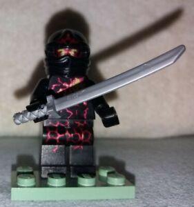 Lego® Ninjago™ Figur - NRG Cole 9572 plus Spinner + Waffen