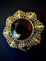 Vtg brooch sunburst gld tone designer style brown glass  fleur de Lis Dome