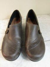 KEEN Mora Button Clog / Slip On Dark Brown Leather Shoes Women's Size 10 EU 40.5