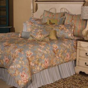 AICO Tricia QUEEN Comforter Set in Spa