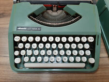 Olivetti Lettera 82 Working Vintage portable Typewriter with briefcase