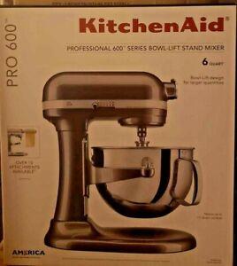 KitchenAid Professional 600 Series 10 Speed 6 Qt. Stand Mixer KP26M1XQG New