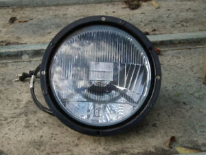 Military headlamp unit  - older style to fit Landrover S2 & 3 [& other military]