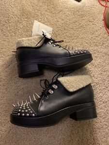 Gucci leather ankle boots with spikes and studs size 38