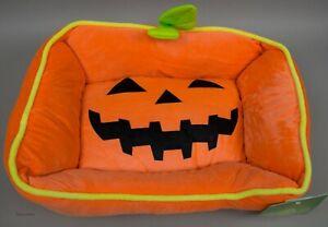 Halloween Fall Orange Pumpkin with Green Trim Dog Cat Pet Bed 20x16x7 NWT