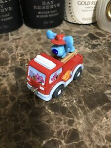 Blues Clues 2007 Diecast Metal Magnetic Firetruck Moving Ladder Learning Curve