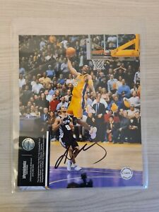 Kobe Bryant Signed /Autographed 8x10 Photo COA Certified Autograph Lakers