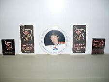 WAYNE GRETZKY PINBACK BUTTON 1985, GRETZKY MATCH BOOK COVERS, ETC.