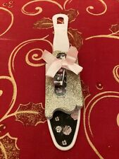 Heel To Toe 4 Piece Spa Gift Set Pedicure; Clippers, File, Scrub, toe Separator