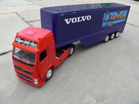 NEW RAY LARGE 50 cm VOLVO GLOBETROTTER  FH610 ARTICULATED LORRY HEAVY TRUCK  TOY