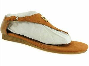 Tommy Hilfiger Women's Harber Thong Sandals Medium Brown Size 9 M