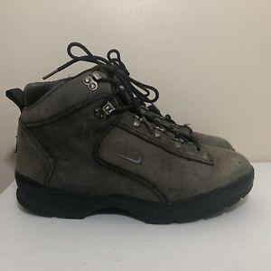 Nike ACG Boots Size 10.5 Mens Black Gray 685106-001