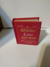The Witches' Love Spell Book: For Passion, Romance, by Desire