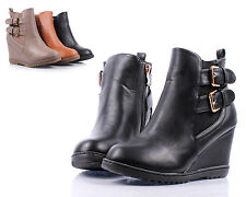 Black Buckle Straps Zipper FauxLeather Wedge Ankle-High Women Boots Size 9
