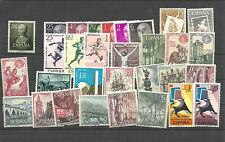 Conjunto de    sellos. Destaca el 1096** 2.80 de Isabel .M.N.H.