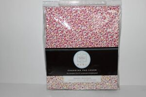 """KENNETH BROWN """"SWEET STITCHES"""" CHANGING PAD COVER"""