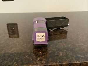 THOMAS FRIENDS TRACKMASTER MOTORIZED HIT TOY CO. SPLATTER WITH TROUBLESOME TRUCK