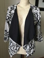 Yumi lightweight jacket size S/8