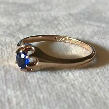 Antique Very Dainty 10k Yellow Gold and Blue Sapphire Ring in a Size 6