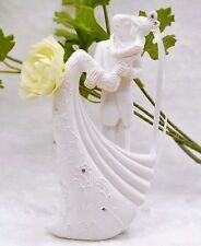 White Elegant Wedding Cake Topper Groom Carrying Bride Resin Decoration Kissing