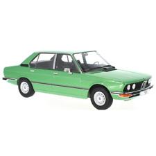 Bmw Serie 5 E12 1973 Green 1/18 - 18119 MCG