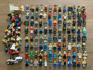 Huge Lot of 104+ LEGO Minifigures w/ Accessories -Lego City, Space - Free Ship!