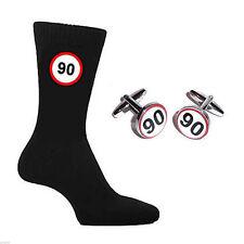 Signo de carretera de 90 mph Landmark 90th Cumpleaños Calcetines & Gemelos Set X6N061 X2BOC063