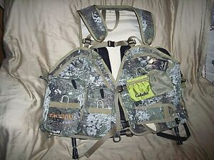 Camo Turkey Vest Hunting Vest Game Bag Converts 2 Chair Hiking Camo Backpack