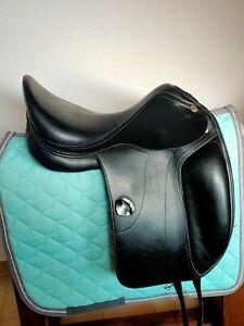"Very Clean! 17"" Amerigo Vega Dressage Saddle"