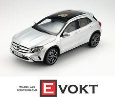 Original Mercedes-Benz Model Car 1: 18 GLA class X156 polar silver metal Norev