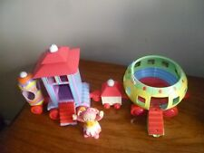 In The Night Garden NINKY NONK TOY TRAIN - 4 carriages -  from Hasbro 2006