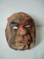 Masque souple ancien déguisement Halloween Made in Sri-Lanka