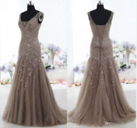 2018 Vintage Mother of the Bride Dresses Mermaid V Neck Applique Evening Gown