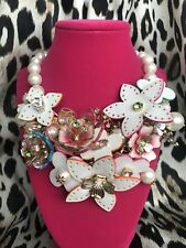 Betsey Johnson HUGE Flat Out Floral White Leather Flower Pearl Drama Necklace