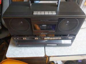 Vintage Panasonic SG-J555 Turntable Boombox Blaster AM/FM Cassette Tested. (JR)