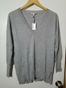 1 NWT PETER MILLAR WOMEN'S CASHMERE SWEATER SIZE: SMALL, COLOR: GRAY (J47)